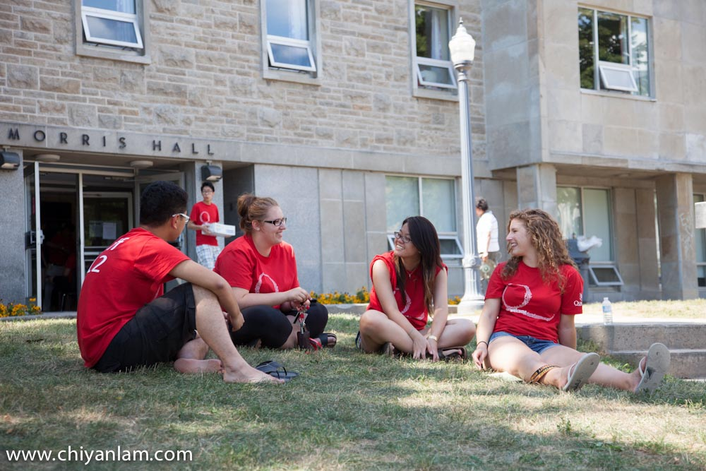 Move-In Day at Queen's University [Photos] (5/6)